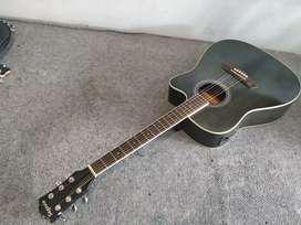 Gitar akustik eletrik original.segovia