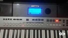 YAMAHA PSR I-455 USB MIDI INDIAN KEYBOARD 61 KEYS