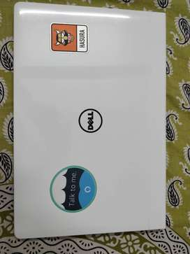 Dell Inspiron 15 5000 Series i5558-4286SLV 15.6-Inch Laptop