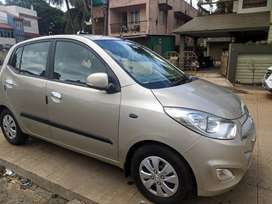 Hyundai i10.. 2012 model.. Showroom condition.. 44k running