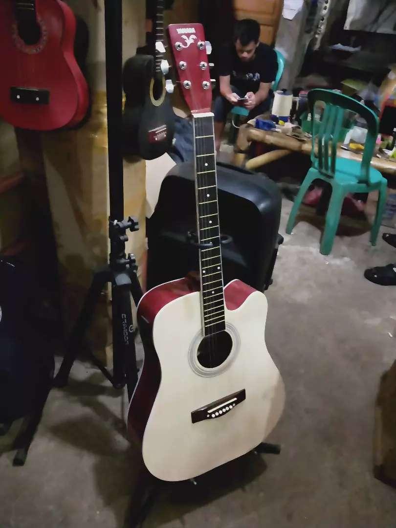 Gitar akustik elektrik berkualitas 0