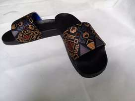 sandal slide/slop motif batik