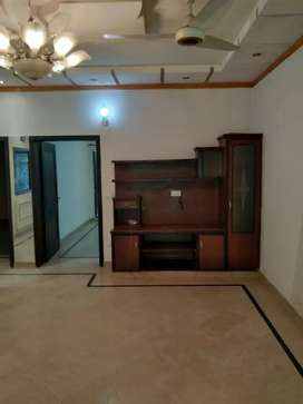 8 Marla lower portion available for Rent Near Emporium mall