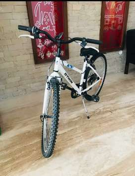 Selling brand new Bicycle- BTWIN My Bike 7s