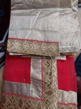 Fabulous saree with stone dots