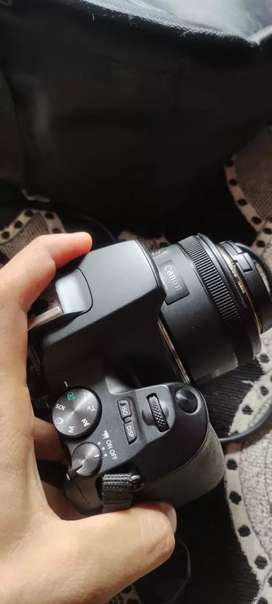 Canon 200d mark ii with 18-55 and 50mm prime lens