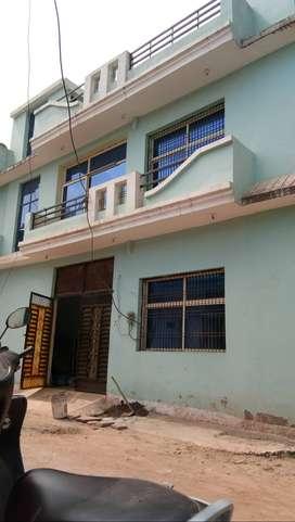 Ready fully furnished near narayan singh kushwah house tilli factory r