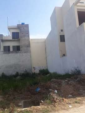 Rs. 860000 per Marla. Plot in sheikh colony rangers road, Sialkot