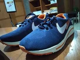 Sepatu Nike KW no 43