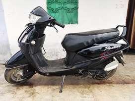 Hero pleasure black 2012 model,  only genuine buyer msg me