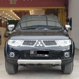 ISTIMEWA Mitsubishi Pajero Sport Dakar AT 2011 tt fortuner crv xtrail