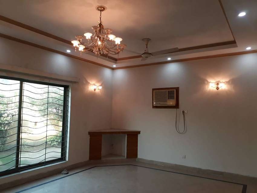 DHA 1 Kanal Wonderful Lower Portion Upper Locked With AC For Rent 0
