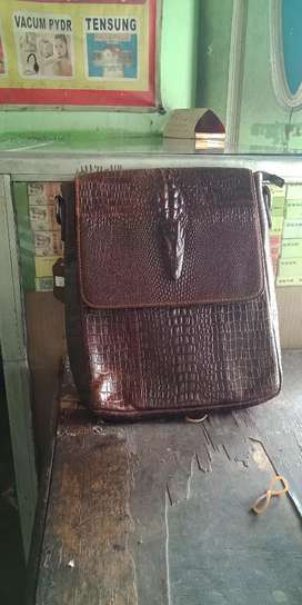 Jual tas kulit asli boss