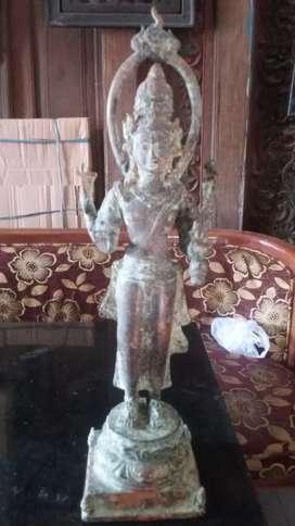 Patung perunggu tua antik