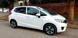 Honda Fit 1.5 Hybrid S Package 2015 Easy monthly installments pe hasil