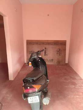 Store room for rent