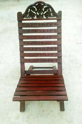 NEW WOODEN POLISHED  GARDEN CHAIR