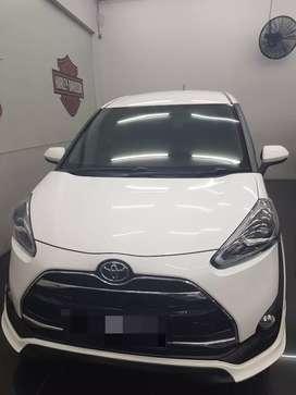 Dijual Toyota Sienta type Q tahun 2016
