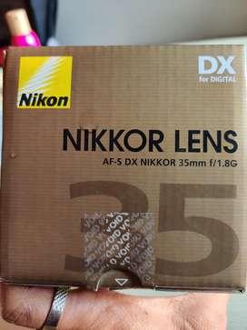 Nikon 35mm f/1.8 G DX