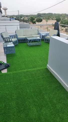 Quaility Approved Artificial Grass by Grand interiors