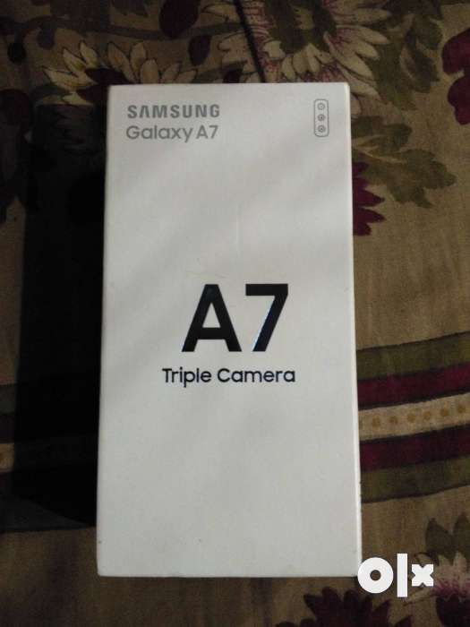 Samsung Galaxy A7 non used only one month but not 0