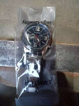 This watch is good this is new 1day old only no use