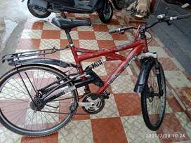 Bicycle good condition tyre tube okk report no any problem