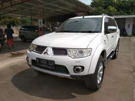 Di jual cash/kredit Pajero dakkar 2.5 AT 2012