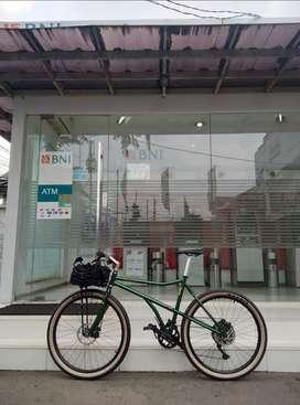 Sepeda Haro Extreme Gravel bukan Federal
