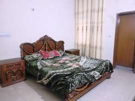 Guest house in Faisal Town lahore pay in