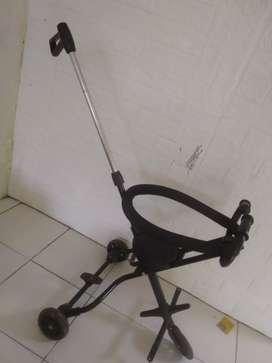 Stroller anak dipake hnya 6Bln