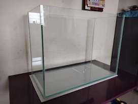Aquarium fish tank big