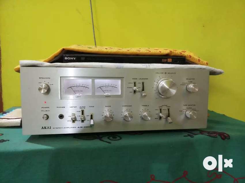 Akai music system 0