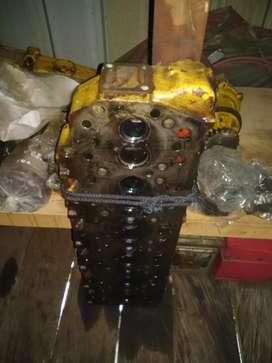 Cylinder head .askrek/crankshaf alat berat Doser D3C-lll.D5C-type 3046