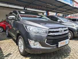 Toyota Innova V Diesel AT 2016
