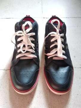 Sepatu Precise (bekas rasa baru)
