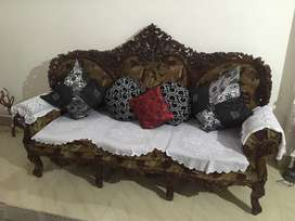 3+1+1 Classic sofa set with coffee table