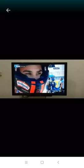Tv led 32 Inchi Panasonic