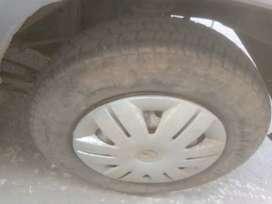 कंप्लीट गाड़ी है और इंजन की गारंटी है