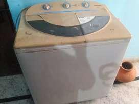 Samsung.. Wt/7600 Washing machine price 3500 good condition