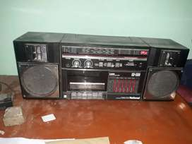 National Taperecorder with 3band radio. Made in japan.