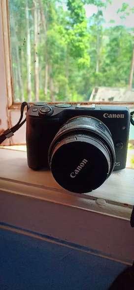 Dijual Mirroless Canon Eos M3