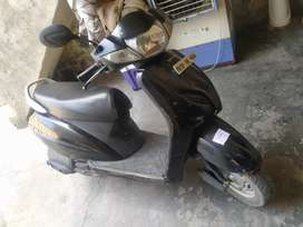 Black color Honda Activa 3g good condition