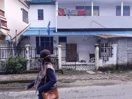 Rumah Di Tengah Kota Ambon