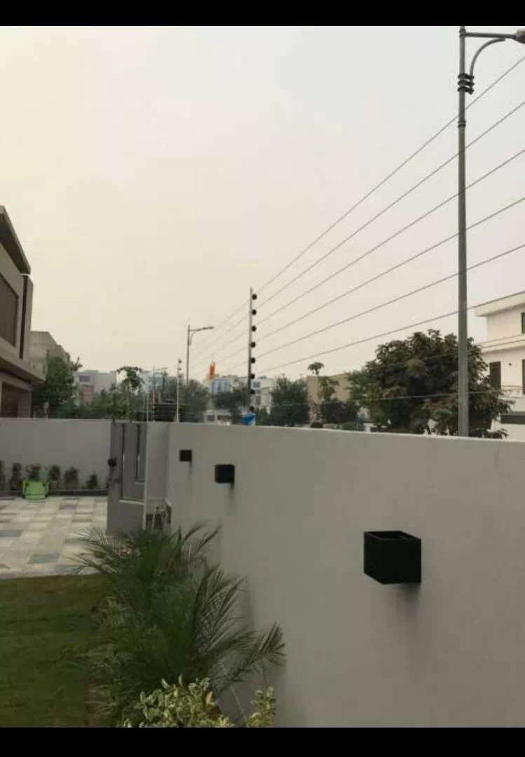 Electric fence for house security 0