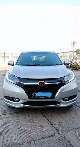 Honda HRV Prestige CVT Silver 2015 Tdp 15 Juta
