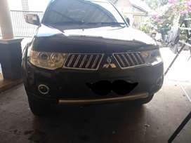 Pajero exceed 2010 matic AB