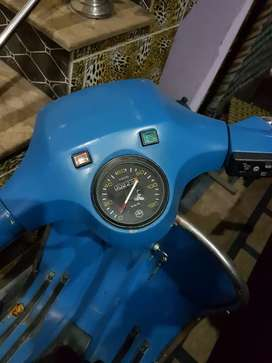 Engine to body total neya tiyar scooter ha urgent for sale 45000
