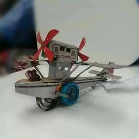 Miniatur pesawat kaleng