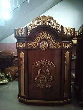 Podium masjid dan musola/mimbar